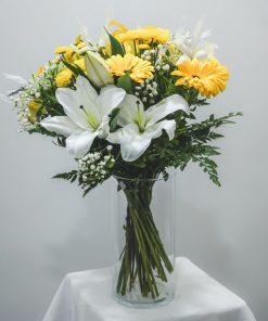 ramo de flores 'verano' en amarillo y blanco